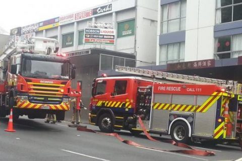 Hundreds of People Evacuated After a Blaze in Central Aucklan 480x320