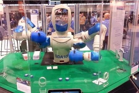 Robot SDA10F
